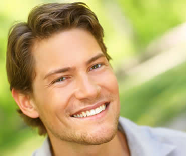 cosmetic dentist in Fresno